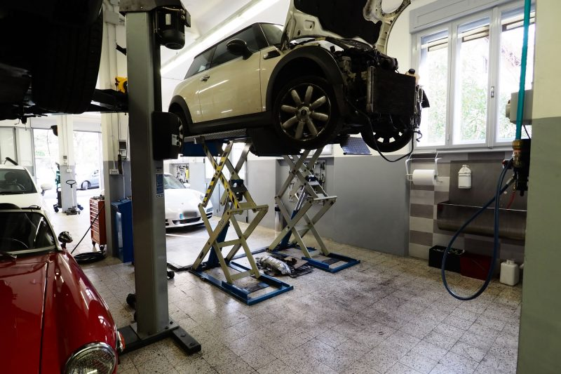 Assistenza meccanica auto